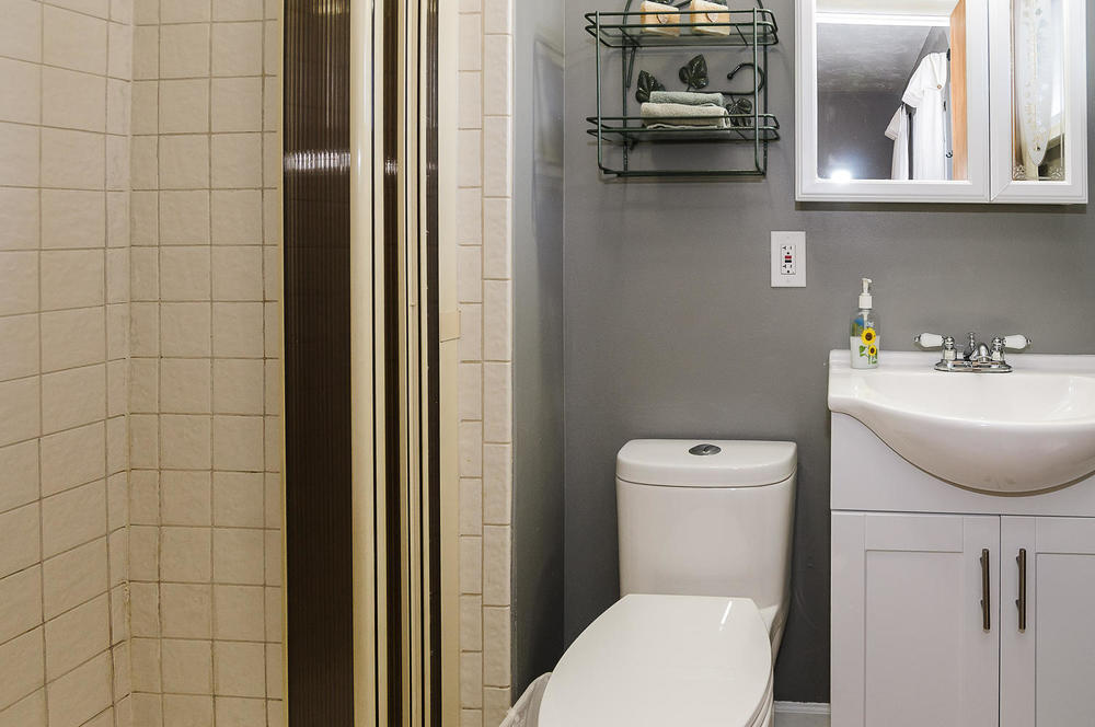 364 Xanadu St Aurora CO 80012-large-017-25-Master Bath-1500x997-72dpi.jpg