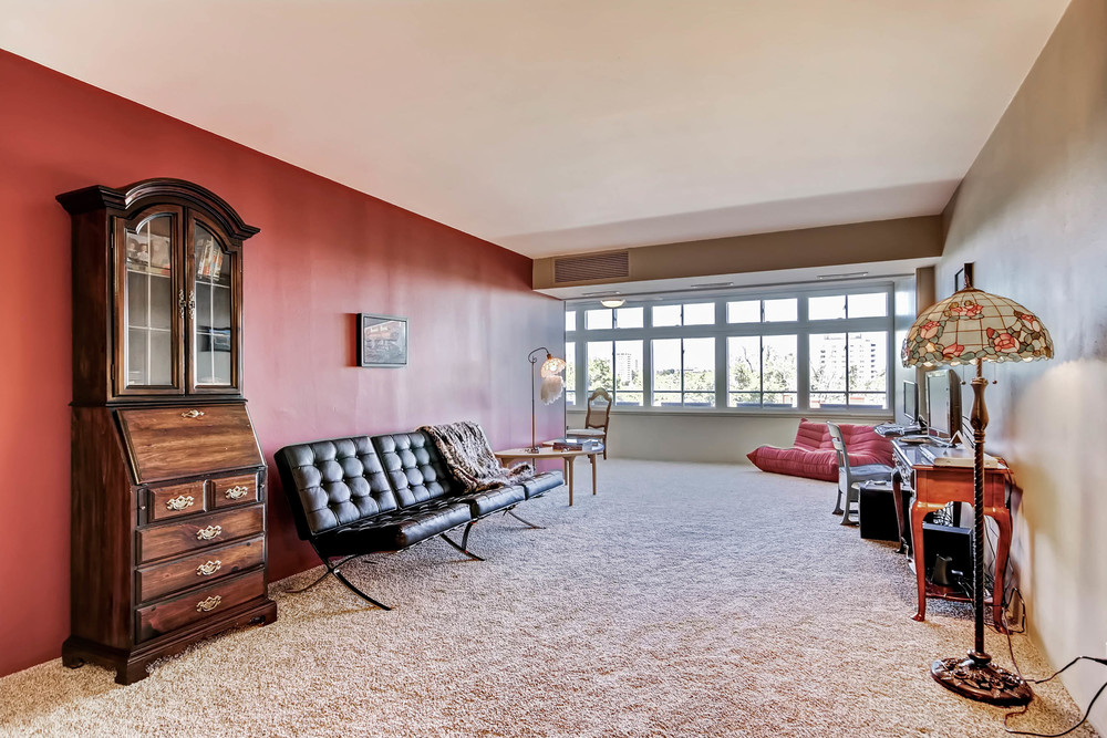 800 Washington St Unit 706-print-005-8-Living Room-2700x1800-300dpi.jpg