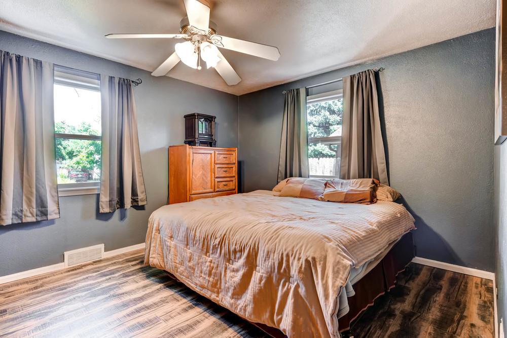 4224 S Cherokee St Englewood-print-014-21-Master Bedroom-2700x1800-300dpi.jpg
