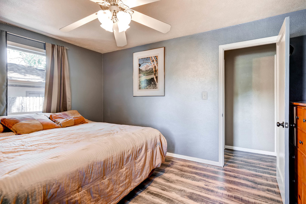 4224 S Cherokee St Englewood-print-015-23-Master Bedroom-2700x1800-300dpi.jpg
