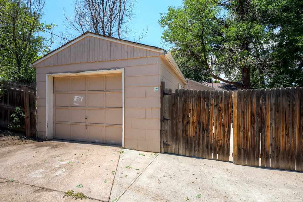 4224 S Cherokee St Englewood-print-025-14-Garage-2700x1800-300dpi.jpg