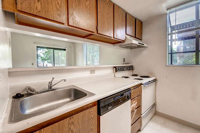 3083 S Ursula Cir Unit 102-small-007-7-Kitchen-666x444-72dpi.jpg