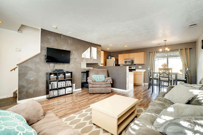 5215 E 100th Dr Thornton CO-small-007-2-Living Room-666x444-72dpi.jpg