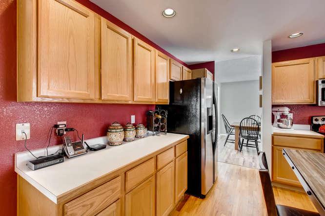 4201 Cottonwood Lakes Blvd-small-012-19-Kitchen-666x444-72dpi.jpg