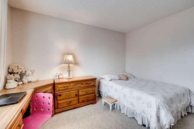 4201 Cottonwood Lakes Blvd-small-026-15-2nd Floor Bedroom-666x444-72dpi.jpg