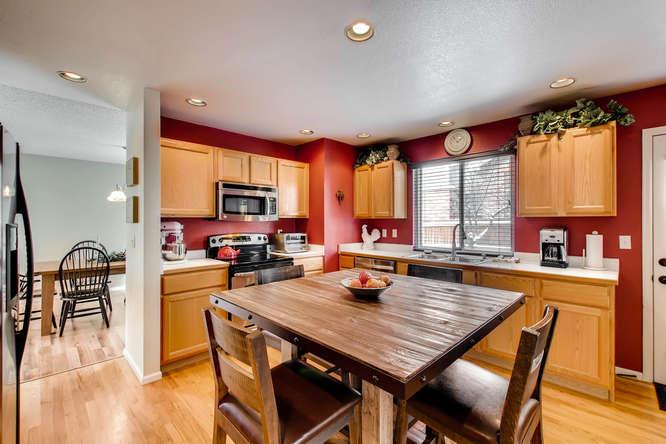 4201 Cottonwood Lakes Blvd-small-009-5-Kitchen-666x444-72dpi.jpg