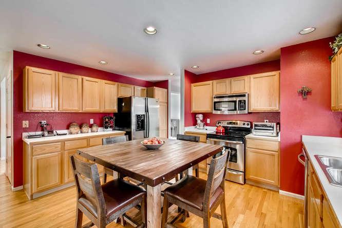 4201 Cottonwood Lakes Blvd-small-010-6-Kitchen-666x444-72dpi.jpg