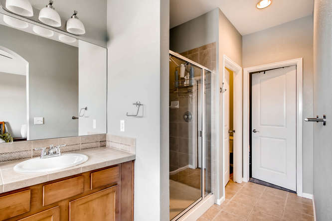 15296 W 66th Dr Unit F Arvada-small-020-14-2nd Floor Master Bathroom-666x444-72dpi.jpg