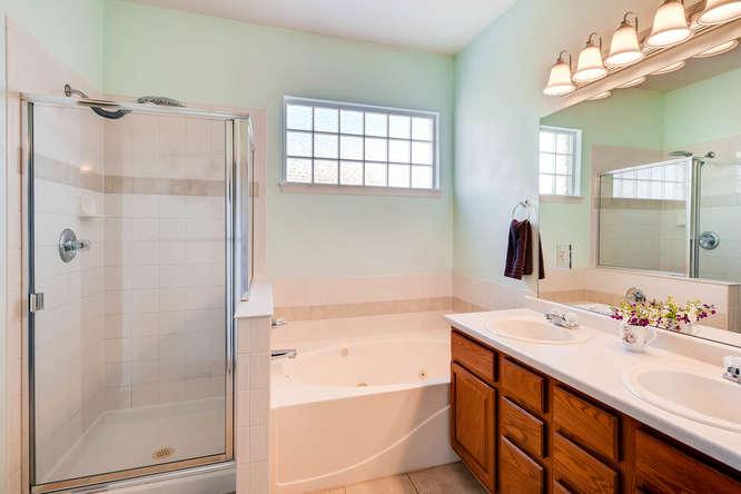9011 W Lake Dr Littleton CO-small-015-16-Master Bathroom-666x444-72dpi.jpg