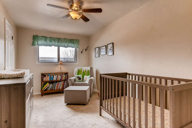 12979 W 20th Ave Golden CO-small-019-16-2nd Floor Bedroom-666x444-72dpi.jpg