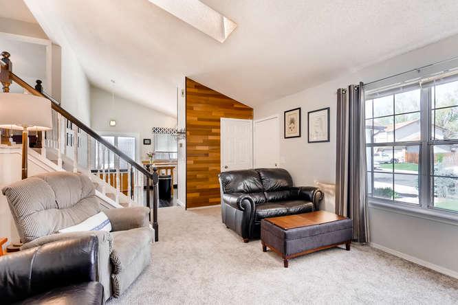 17184 E Tufts Ave Aurora CO-small-004-5-Living Room-666x445-72dpi.jpg