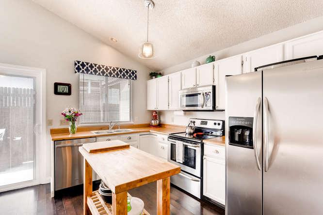 17184 E Tufts Ave Aurora CO-small-009-6-Kitchen-666x444-72dpi.jpg