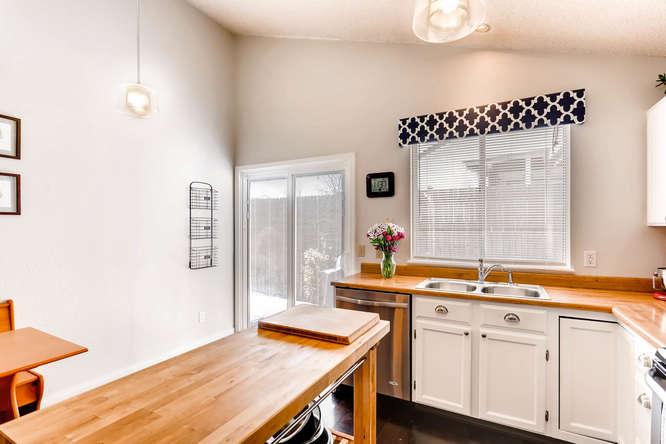 17184 E Tufts Ave Aurora CO-small-010-14-Kitchen-666x444-72dpi.jpg