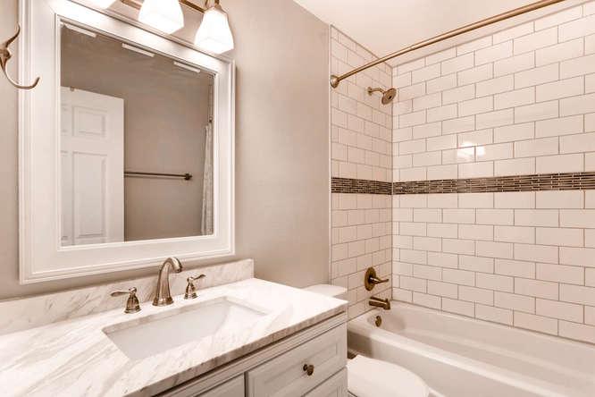 17184 E Tufts Ave Aurora CO-small-016-15-2nd Floor Master Bathroom-666x444-72dpi.jpg