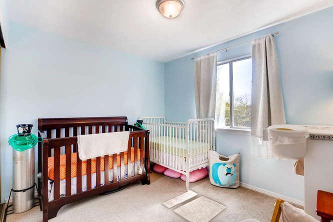 17184 E Tufts Ave Aurora CO-small-017-23-2nd Floor Bedroom-666x444-72dpi.jpg
