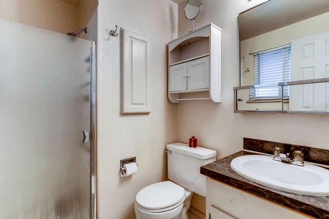 6740 W Jefferson Place-small-016-5-Master Bathroom-666x444-72dpi.jpg