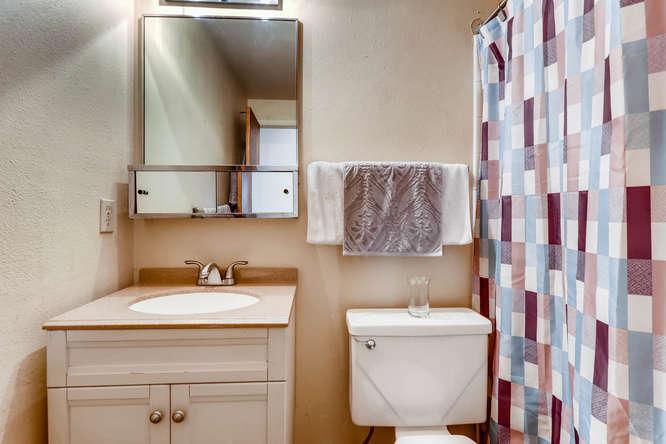 6740 W Jefferson Place-small-019-24-Bathroom-666x444-72dpi.jpg