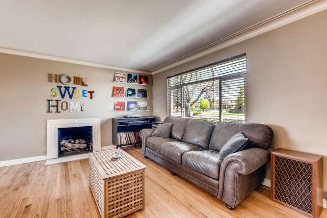 3071 Dexter St Denver CO 80207-small-004-6-Living Room-666x444-72dpi.jpg