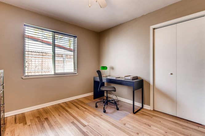 3071 Dexter St Denver CO 80207-small-020-20-Bedroom-666x444-72dpi.jpg