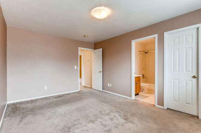 1273 S Zeno Way Unit C Aurora-small-019-8-2nd Floor Master Bedroom-666x443-72dpi.jpg