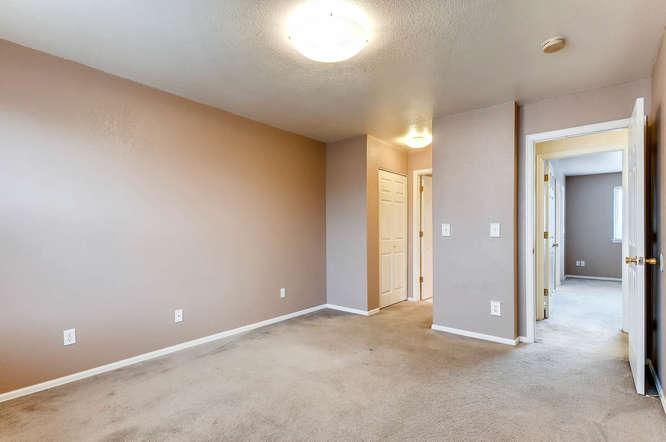 1273 S Zeno Way Unit C Aurora-small-023-16-2nd Floor Bedroom-666x443-72dpi.jpg