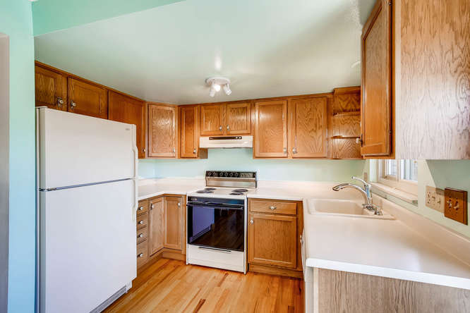 12985 W 20th Ave Golden CO-small-010-4-Kitchen-666x444-72dpi.jpg