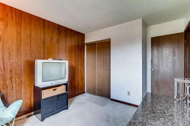 16349 E Radcliff Pl Unit B-small-014-11-2nd Floor Bedroom-666x444-72dpi.jpg