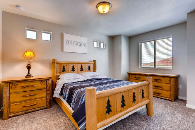 3122 Jonquil St Castle Rock CO-small-018-18-2nd Floor Bedroom-666x444-72dpi.jpg