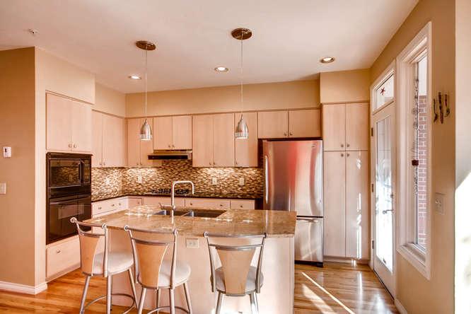 20 S Monroe St Denver CO 80209-small-014-18-Kitchen-666x444-72dpi.jpg