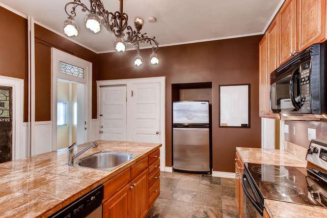 1450 High St 2 Denver CO 80218-small-019-20-Kitchen-666x444-72dpi.jpg