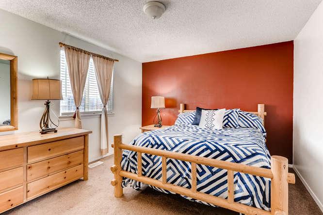 4284 S Fundy Way Aurora CO-small-013-3-2nd Floor Master Bedroom-666x444-72dpi.jpg