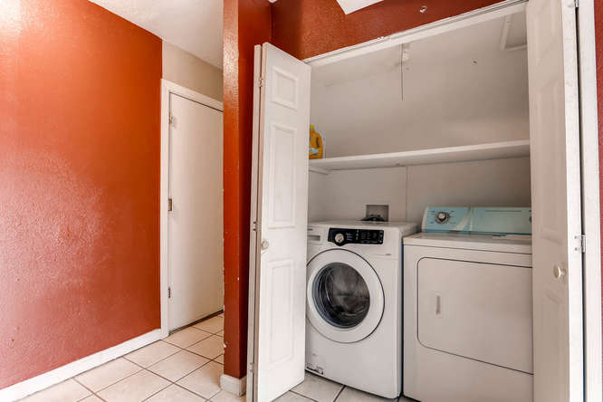 4284 S Fundy Way Aurora CO-small-021-14-Lower Level Laundry Room-666x444-72dpi.jpg