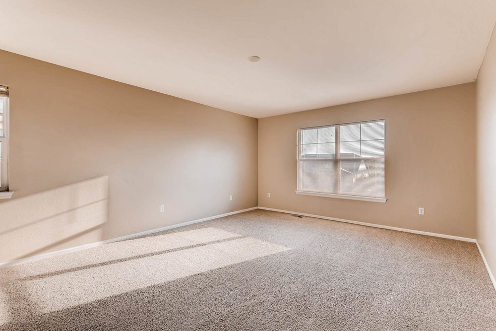 10186 Pitkin Way Commerce City-large-015-25-2nd Floor Master Bedroom-1500x1000-72dpi.jpg