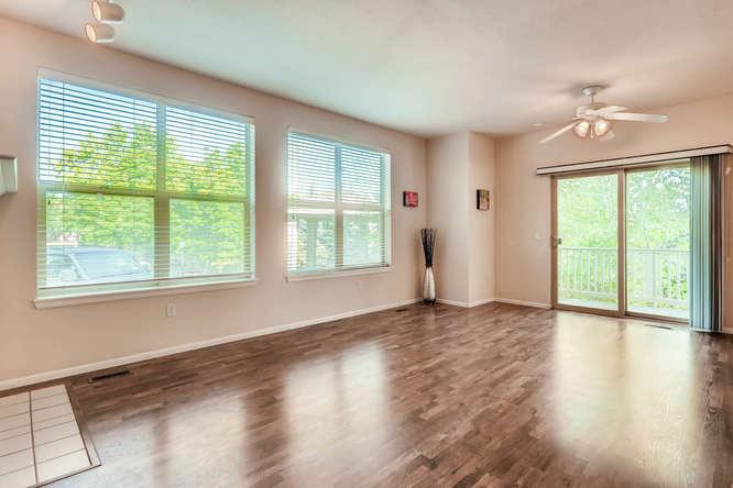 1674 Ames Ct Unit 25 Lone Tree-small-004-10-Living Room-666x444-72dpi.jpg