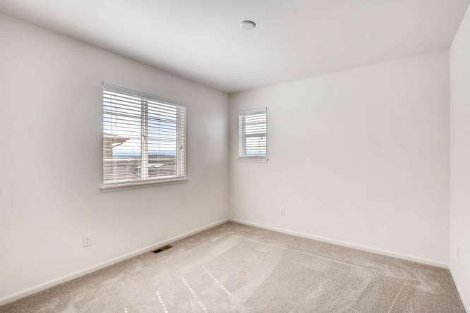 5401 S Granby Way Aurora CO-small-020-14-2nd Floor Bedroom-666x445-72dpi.jpg