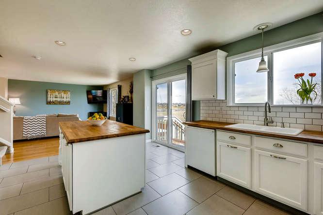 10802 Steele St Northglenn CO-small-012-16-Kitchen-666x444-72dpi.jpg