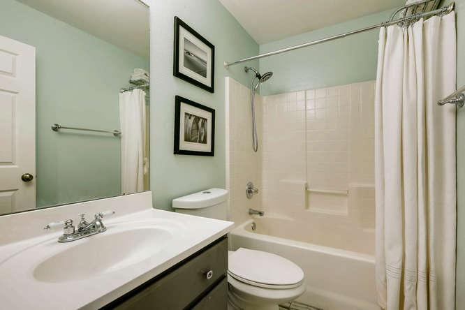 10802 Steele St Northglenn CO-small-022-5-2nd Floor Bathroom-666x444-72dpi.jpg