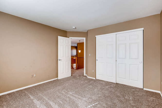 24646 E Florida Ave Aurora CO-small-022-23-2nd Floor Bedroom-666x444-72dpi.jpg