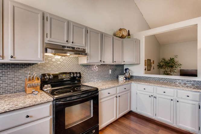 6992 S Bryant St Littleton CO-small-014-13-Kitchen-666x444-72dpi.jpg