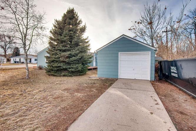 4501 W Short Pl Denver CO-small-026-24-Garage-666x444-72dpi.jpg