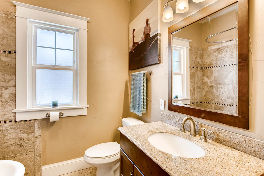 3520 N Columbine St Denver CO-large-017-26-Master Bathroom-1500x1000-72dpi.jpg