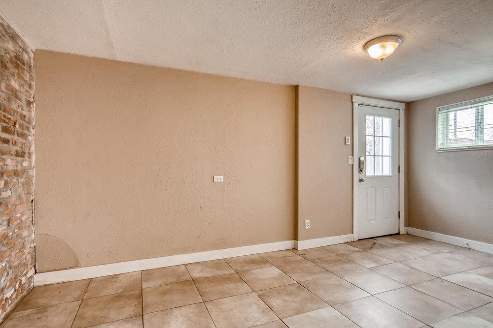 2756 N Clayton St Denver CO-large-012-6-Family Room-1500x1000-72dpi.jpg