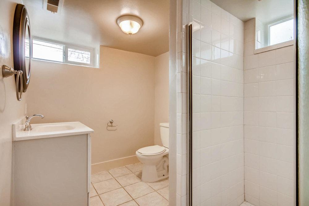 2756 N Clayton St Denver CO-large-020-11-Lower Level Master Bathroom-1500x1000-72dpi.jpg