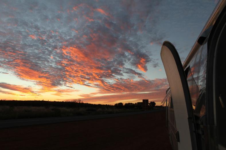 Airstream Family - Uluru4.jpg