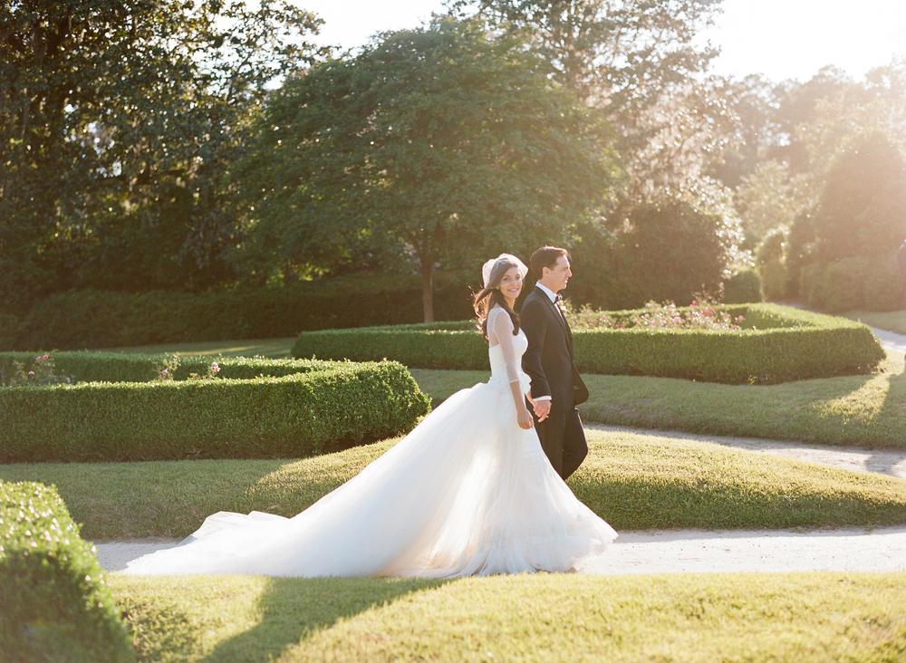 Lindsey ( née  Schwartz) andDavid Katalan, married at Middleton Place, SC, May 2015. Photo courtesy of G. Brooker.