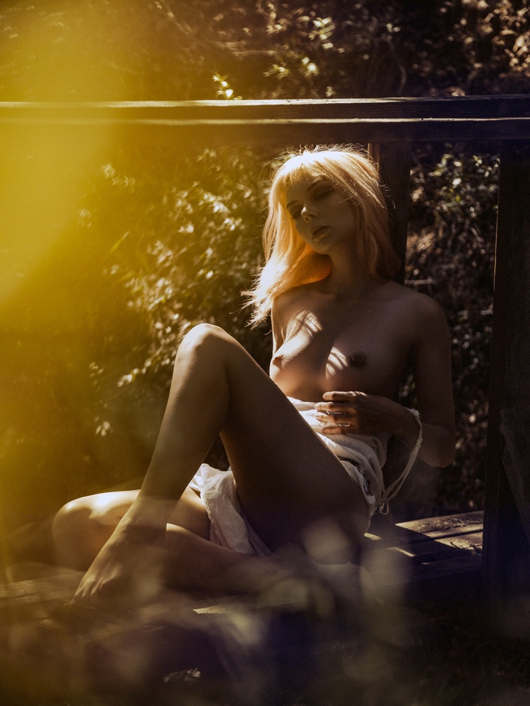 LA: KISSED BY SUNSHINE/ KESLER TRAN -