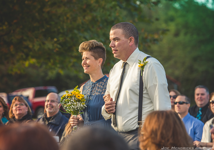 140mm - The same couple, half way up the aisle.