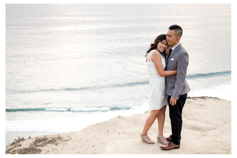 Couple engagement session San Diego La Jolla Cliffs