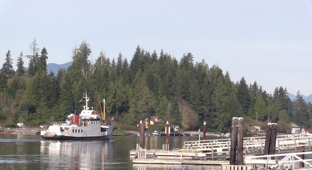 The Francis leaving Bamfield