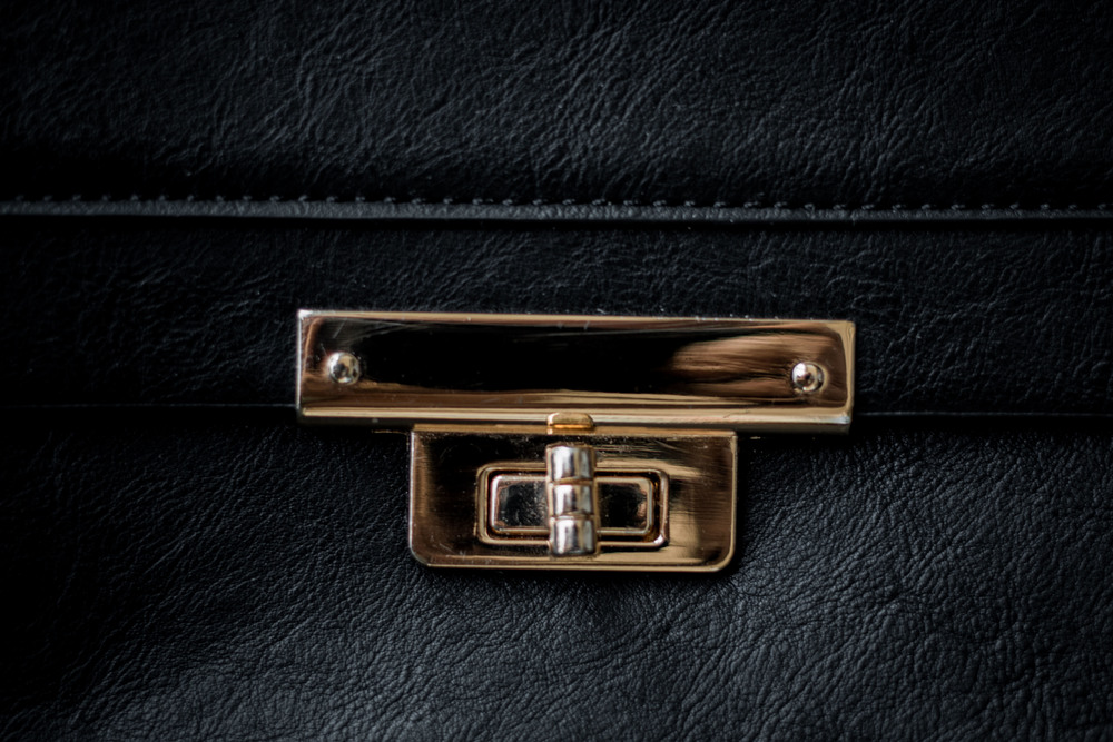 purse details in gold